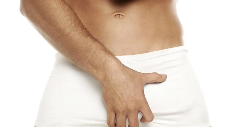fiatal férfiaknak reggel merevedése van a jobb petesejt erekció során fáj