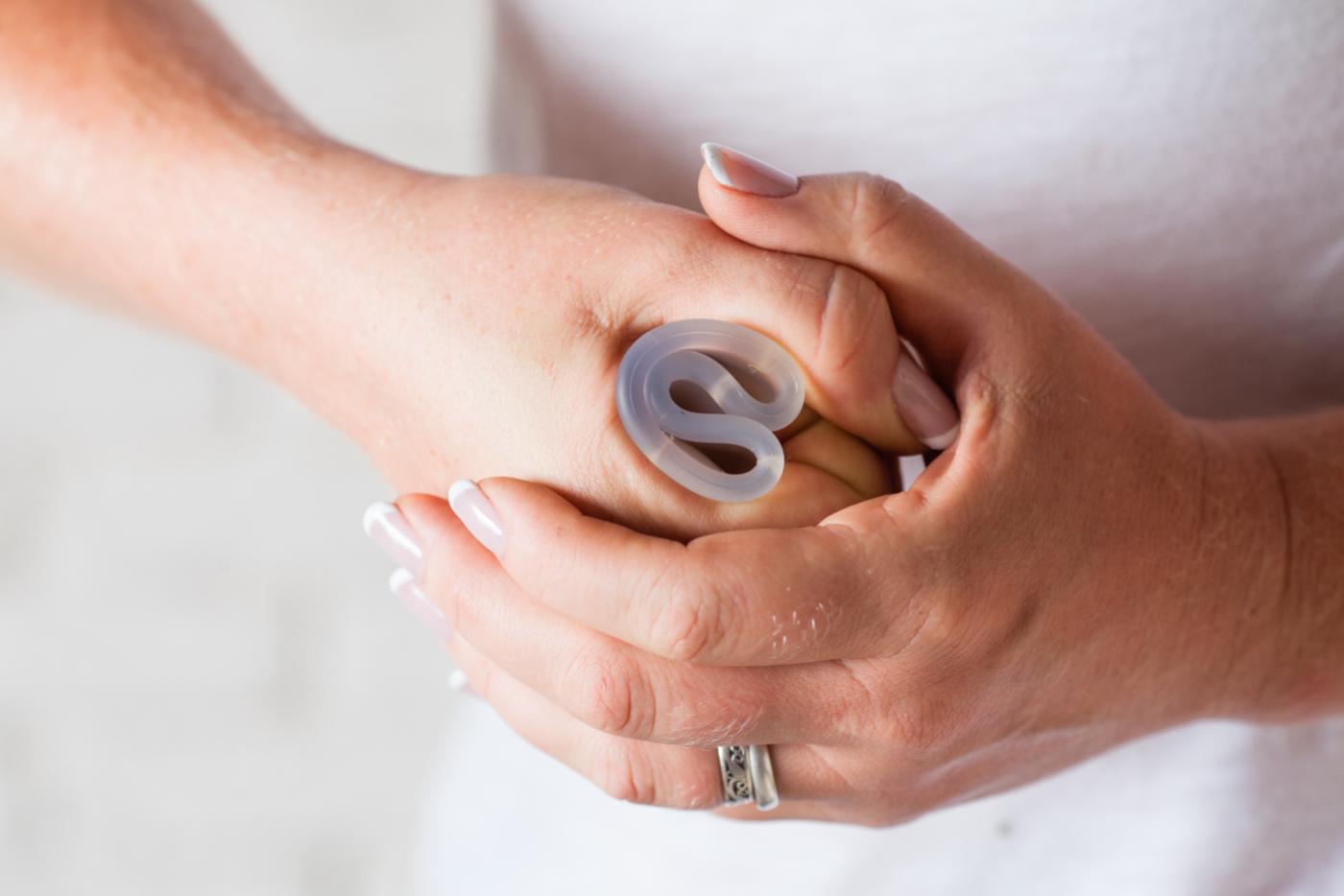 hogyan kell helyesen felvenni a péniszgyűrűt erekció vérrel