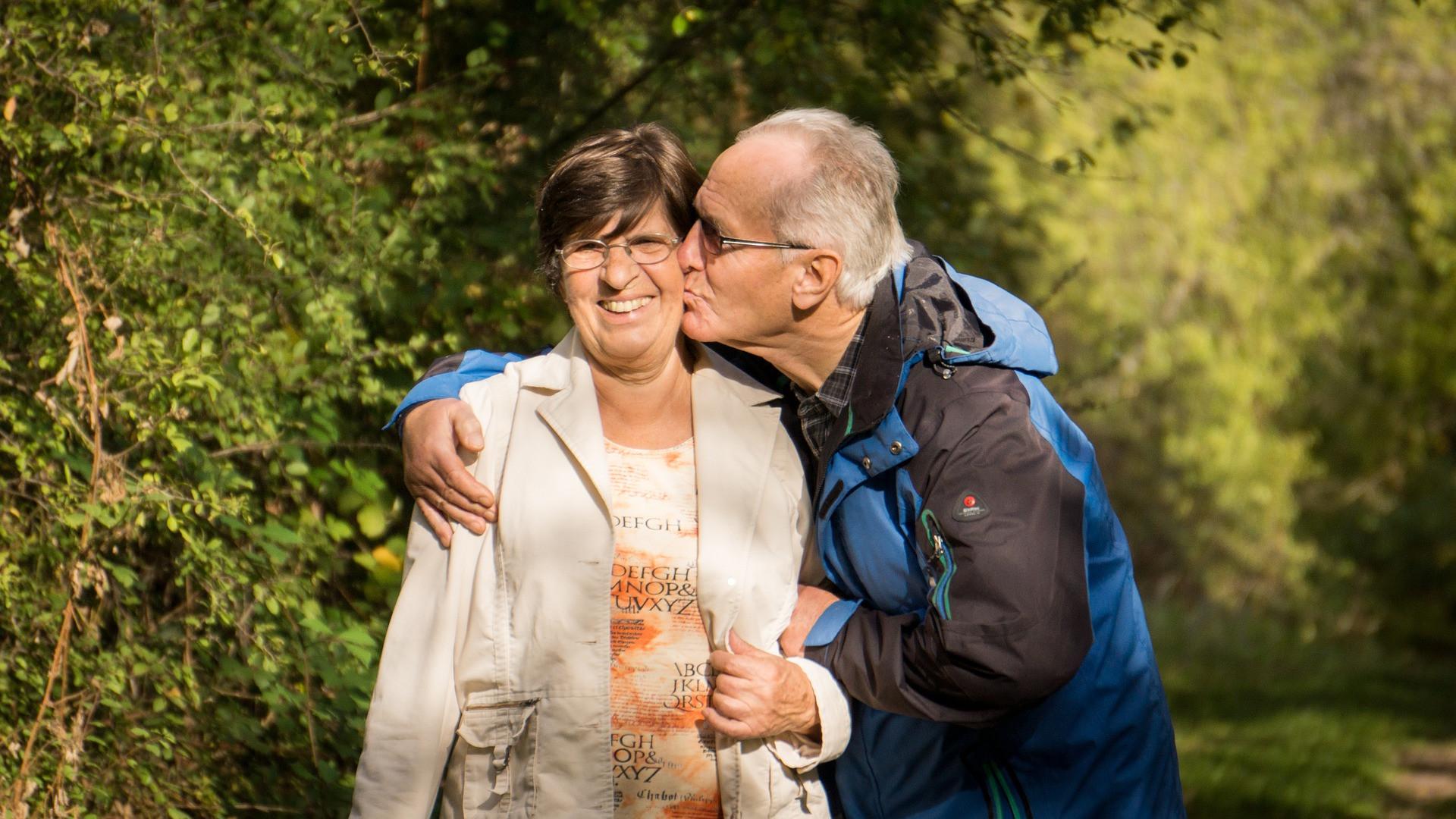 erekció csók után hány éves korban áll meg az erekció a férfiaknál