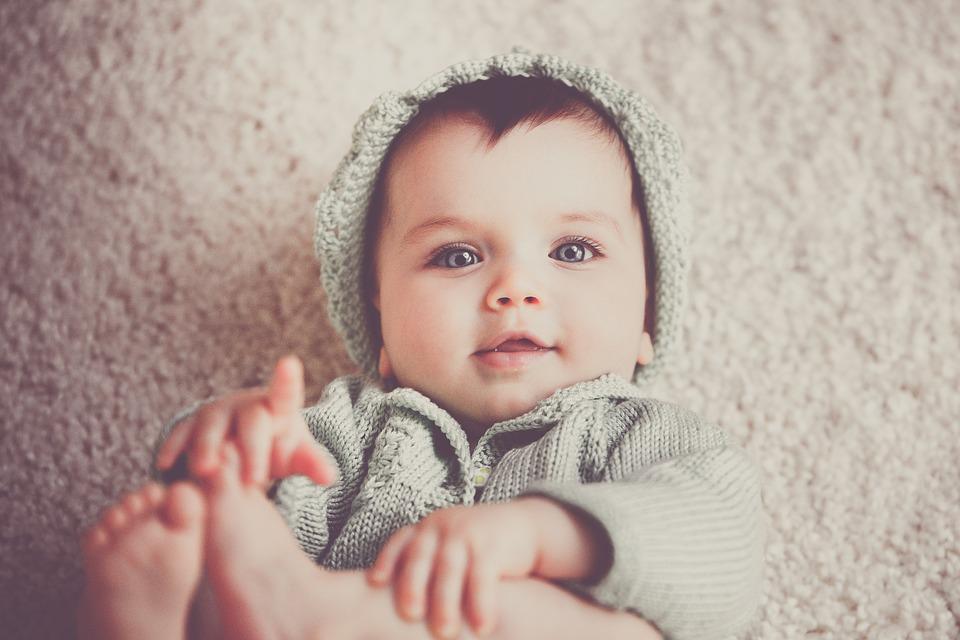 merevedés 4 hónapos gyermeknél